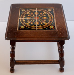Racetrack Table by Taylor